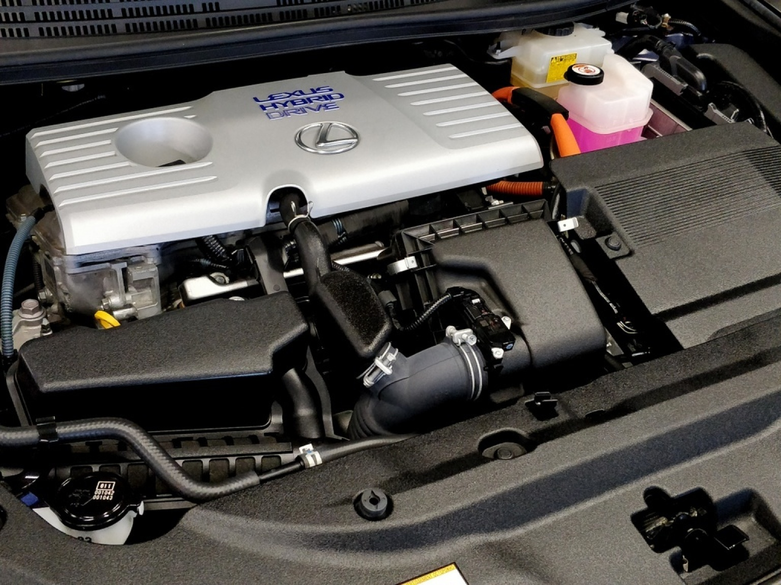 Lexus-CT-17