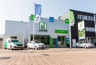 Autocentrum de Wiers-0